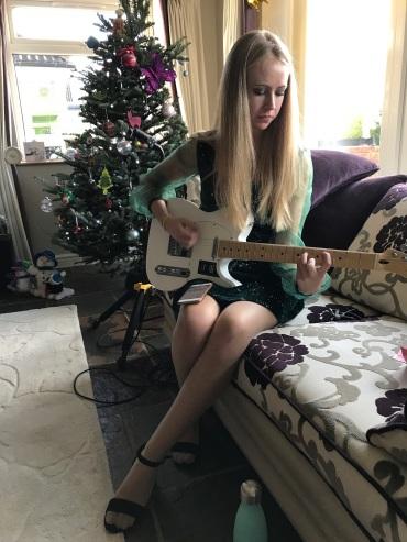 Miranda the guitar