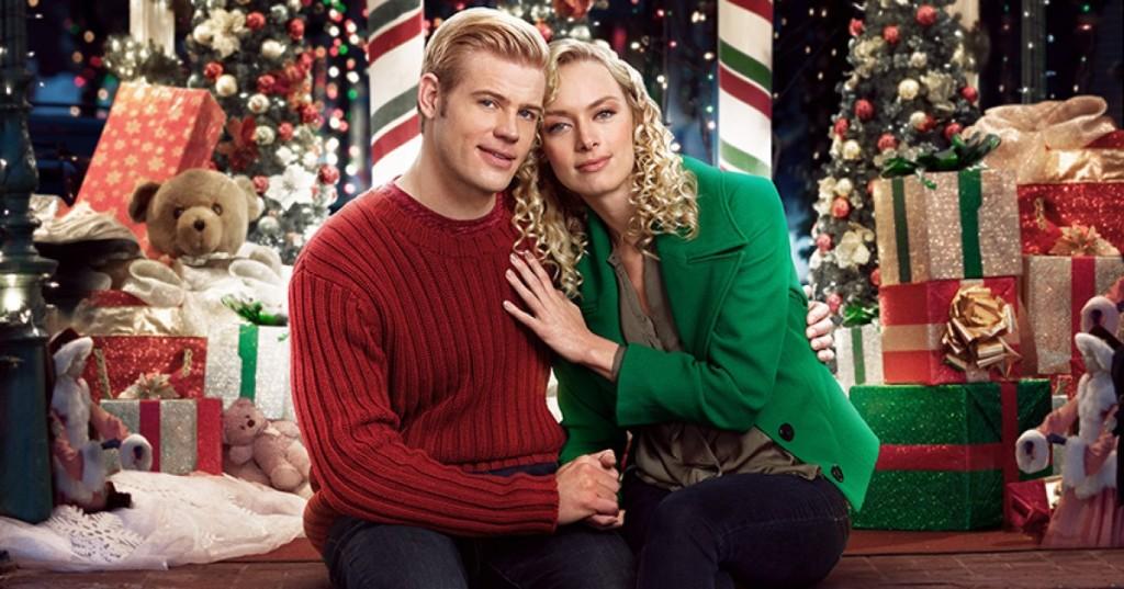 Rachel Skarsten and Trevor Donovan in Marry Me At Christmas