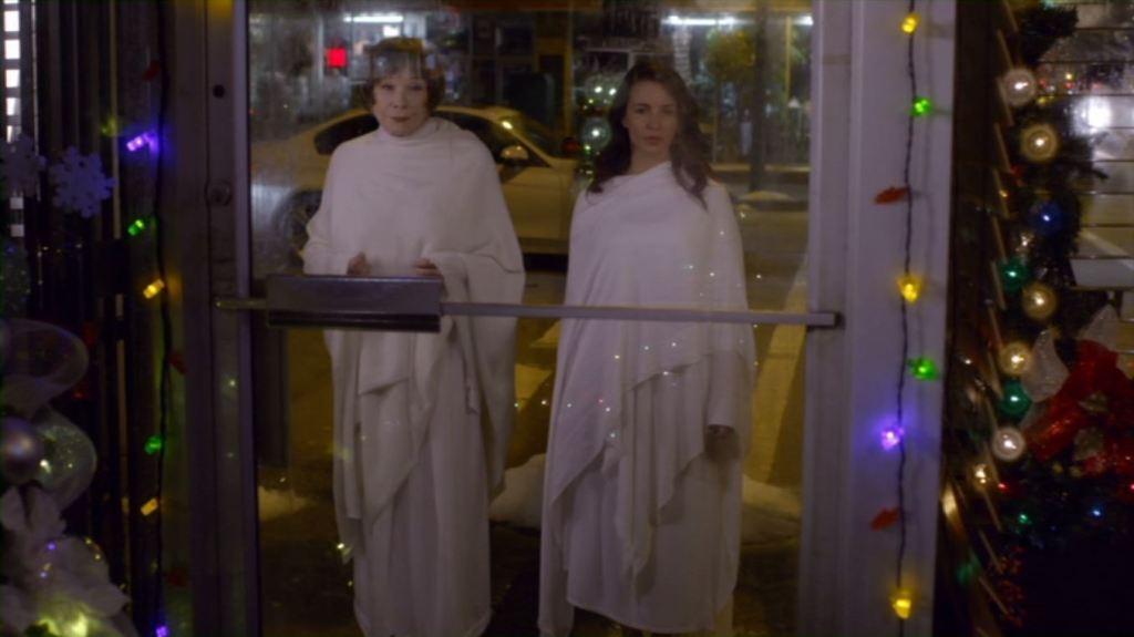 Shirley MacLaine and Kristin Davis in A Heavenly Christmas