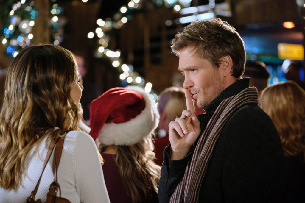 Torrey DeVitto and Chad Michael Murray in Write Before Christmas